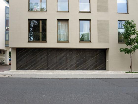 Gates | Wave by Bergmeister Kunstschmiede | Garage doors