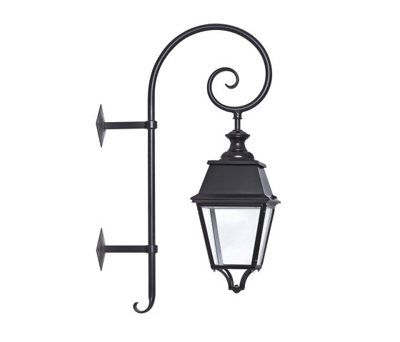 Avenue 4 Model 5 by Roger Pradier | Outdoor wall lights