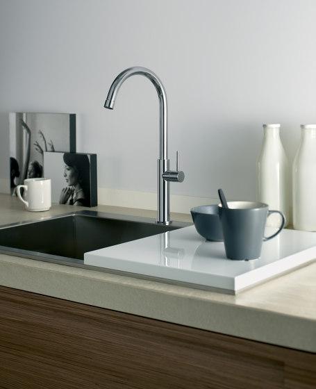 Kitchen | Kitchen sink mixer Ottavo series with swivel spout. by Quadro | Kitchen taps