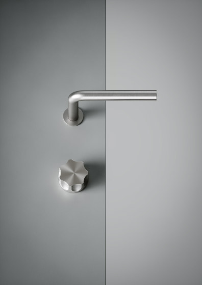 Modo | Stainless steel Two-hole hydroprogressive mixer with spout by Quadrodesign | Wash basin taps