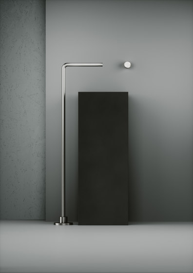 Shower | Stainless steel Free-standing spout for bathtub H. 999 mm by Quadrodesign | Bath taps