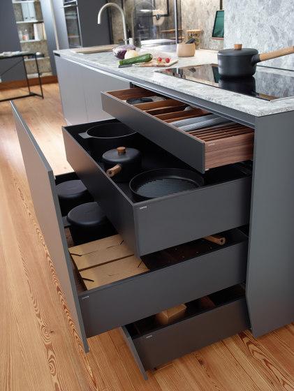 FINE Plinth drawer by Santos | Kitchen organization