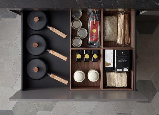Customisable drawers and bins FINE by Santos | Kitchen organization