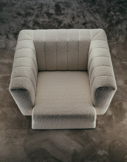 PERFECT DAY armchair by GIOPAGANI | Armchairs