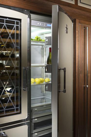 CHAMPAGNE AND SATIN NICHEL KITCHEN de Officine Gullo | Cuisines équipées