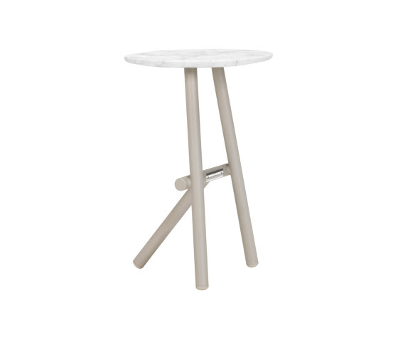 ANATRA SIDE TABLE ROUND 35 by JANUS et Cie   Side tables
