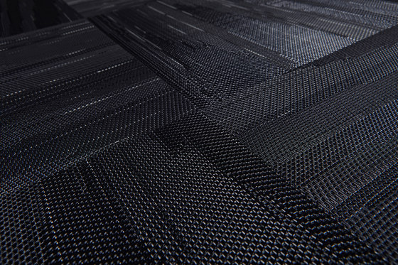 Missoni Flame Patch Black by Bolon | Carpet tiles