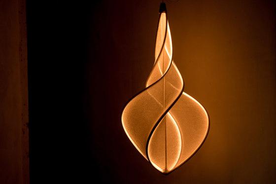 llll.05 suspended lamp | gold de llll | Lámparas de suspensión
