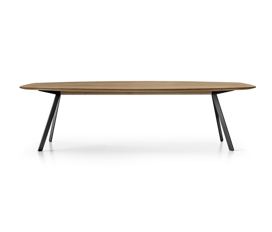 BARRA by Girsberger | Dining tables