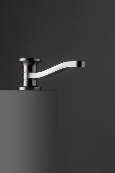 JK21 by Rubinetterie Zazzeri   Wash basin taps