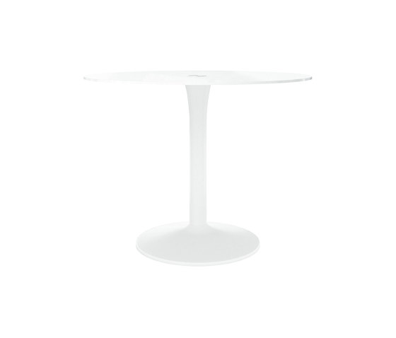 New York Table T058 by BoConcept   Bistro tables