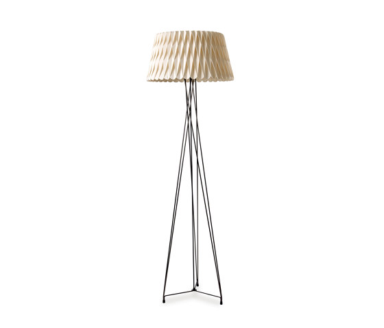 Lola P by lzf | Free-standing lights