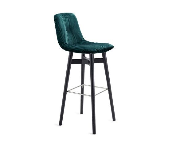 Leya | Barstool High with wooden frame by FREIFRAU MANUFAKTUR | Bar stools