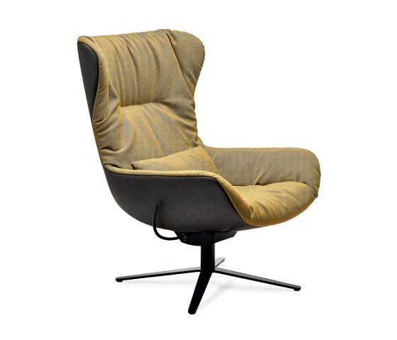 Leya   Wingback Chair with x-base frame with rocker / tilting mechanism & Ottoman de FREIFRAU MANUFAKTUR   Sillones