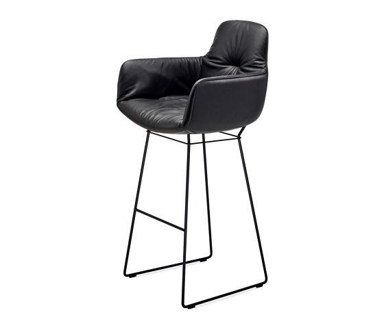 Leya | Bar Armchair High de FREIFRAU MANUFAKTUR | Taburetes de bar