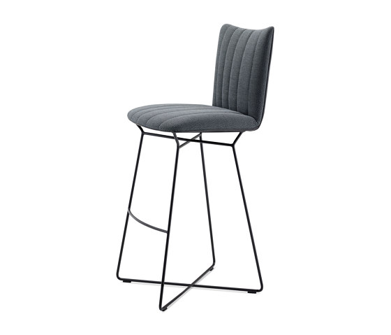 Rubie | Bar Chair with wire frame by FREIFRAU MANUFAKTUR | Bar stools