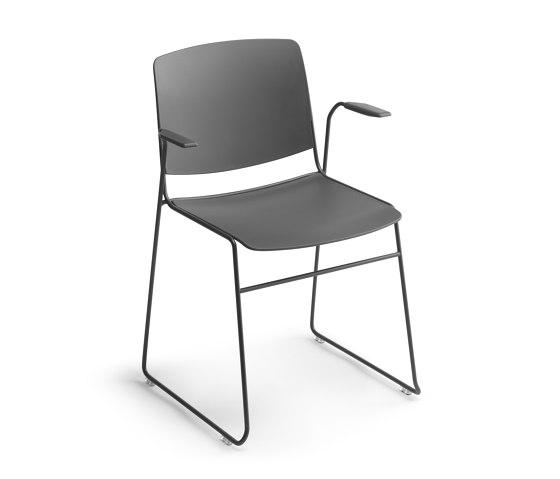 Mass Stuhl mit Armlehnen von Sellex   Stühle