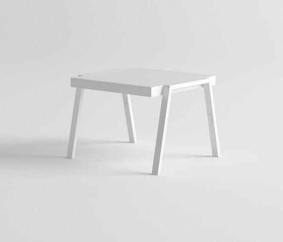 Pulvis Side Table de 10DEKA   Mesas auxiliares