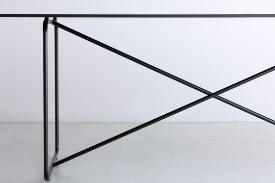 A.T.S | table de By interiors inc. | Mesas comedor