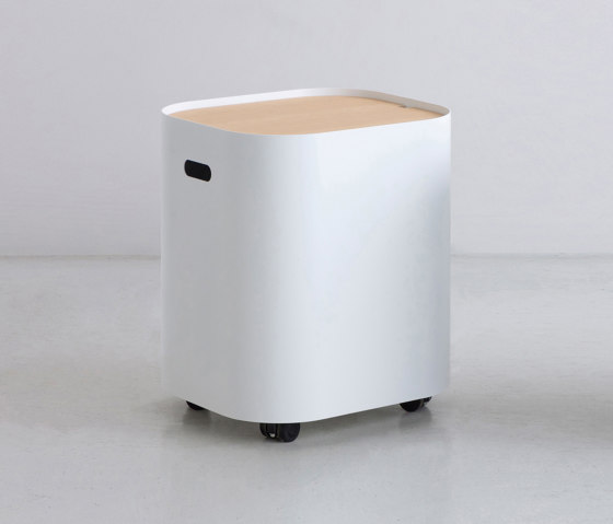 LOAF | Side Table de By interiors inc. | Mesas auxiliares