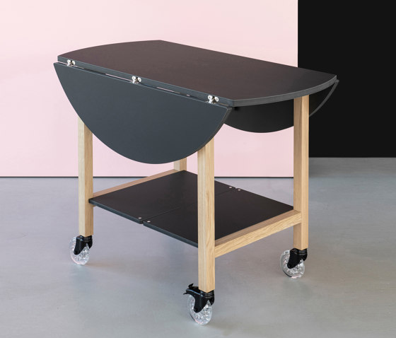 Aton plus | serving table by Georg Muehlmann | Side tables