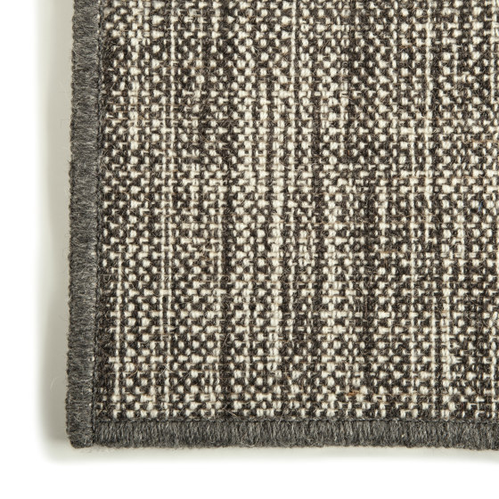 Textures Millerighe Grisaglia by G.T.DESIGN | Rugs