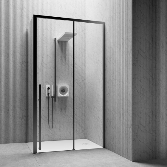 XYZ⁺™ by Jacuzzi® | Shower controls