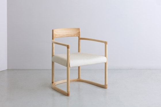SWEEP | Lounge Armchair by By interiors inc. | Armchairs
