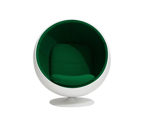 Ball chair, upholstery: Kvadrat Hallingdal 65 Green 944 von Eero Aarnio Originals | Sessel