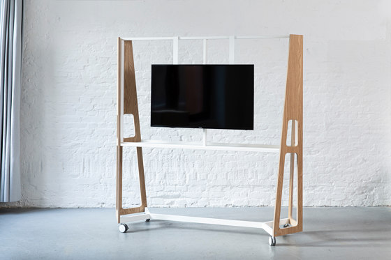 Braket for monitors by Artis Space Systems GmbH | Multimedia stands