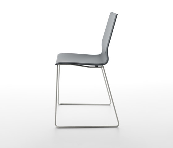 Elena 3 by Pointhouse | Chairs