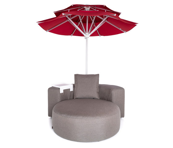 Lounge Outdoor System | Sunset Lounge with parasol by IKONO | Parasols