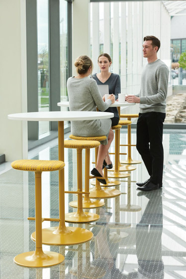 Sprout Table by Teknion | Standing tables