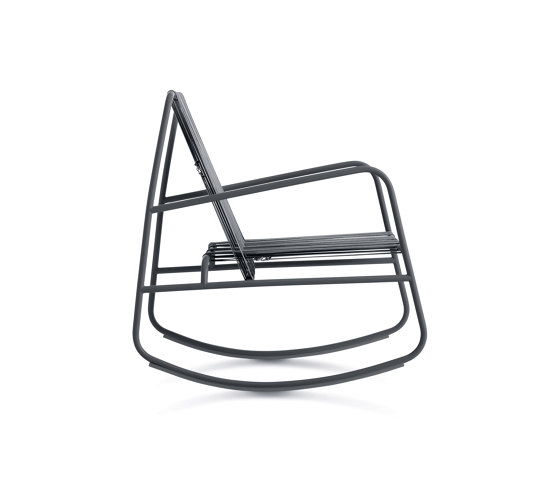 Dozequinze Rocking Chair by Diabla | Armchairs