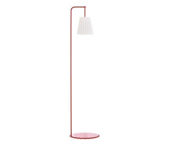 Plisy Floor Lamp by Diabla | Outdoor free-standing lights