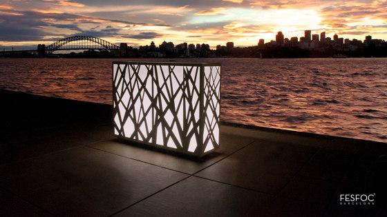 JUNGLE LIGHT PLANTER by Fesfoc | Outdoor floor lights