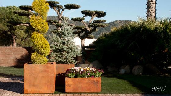 KUBIK CORTEN STEEL PLANTER by Fesfoc | Plant pots