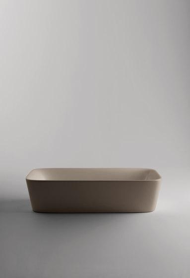Soul Sink | 70 x 38 h18 by Valdama | Wash basins