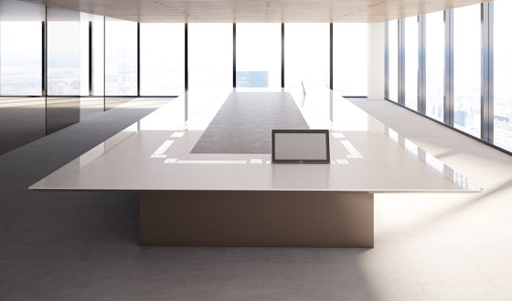 Kubo by BK CONTRACT | Contract tables
