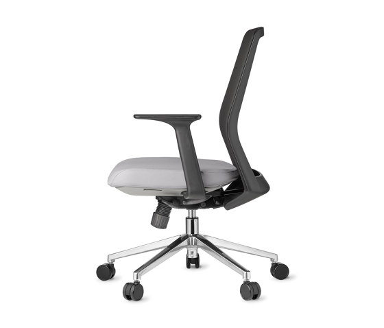 Work | Jaku by AMQ Solutions | Office chairs