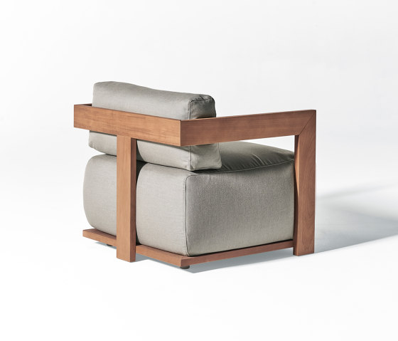 Claud Open Air sofa by Meridiani | Armchairs