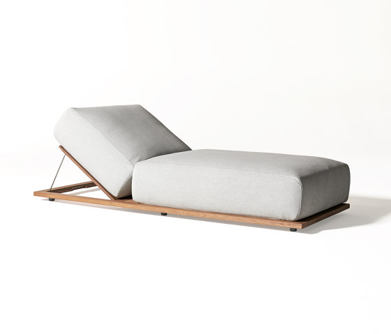 Claud Open Air lounge bed by Meridiani | Day beds / Lounger
