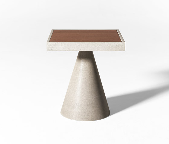 Cone Open Air low table by Meridiani | Coffee tables