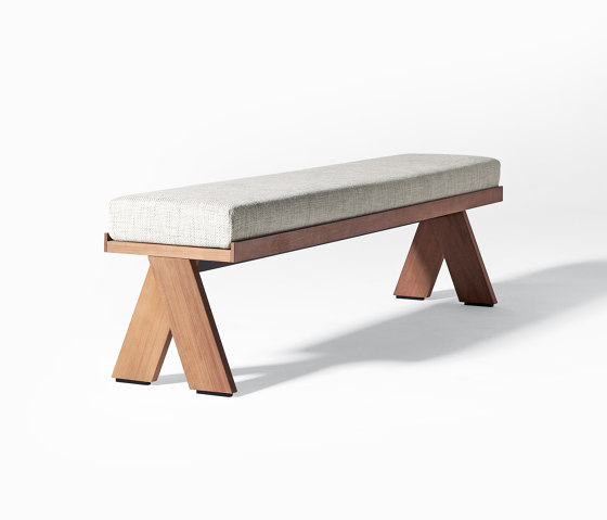 Joi Open Air bench by Meridiani | Benches