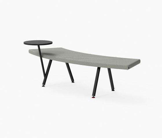 Autobahn, 45˚ Curved seat with floating table von Derlot | Sitzbänke