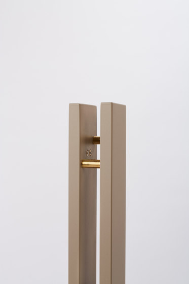 schliephacke Edition beige di Mawa Design | Lampade piantana
