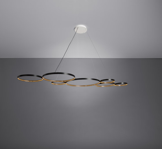 ULTRA 8 Black by Le deun | Suspended lights