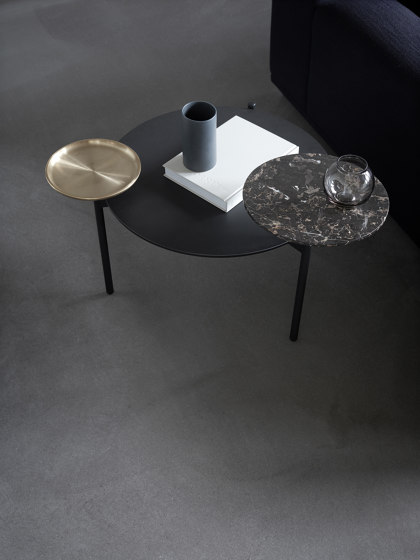 Disc by Wendelbo | Side tables