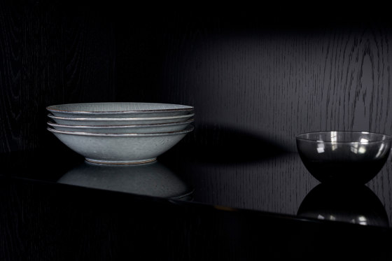Harri   Glass Cabinet de more   Vitrinas