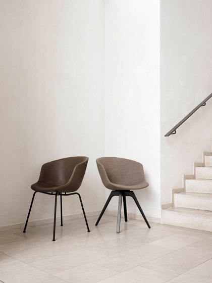 Mono by Wendelbo   Chairs